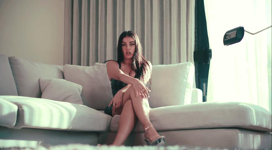 Maria Sioke – «Convencerte»