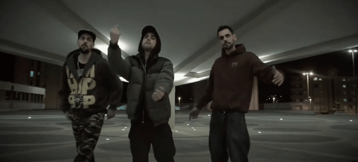 Wayne Fernández & Ozonoman ft Zamarro Prod – «La música es mi aire»