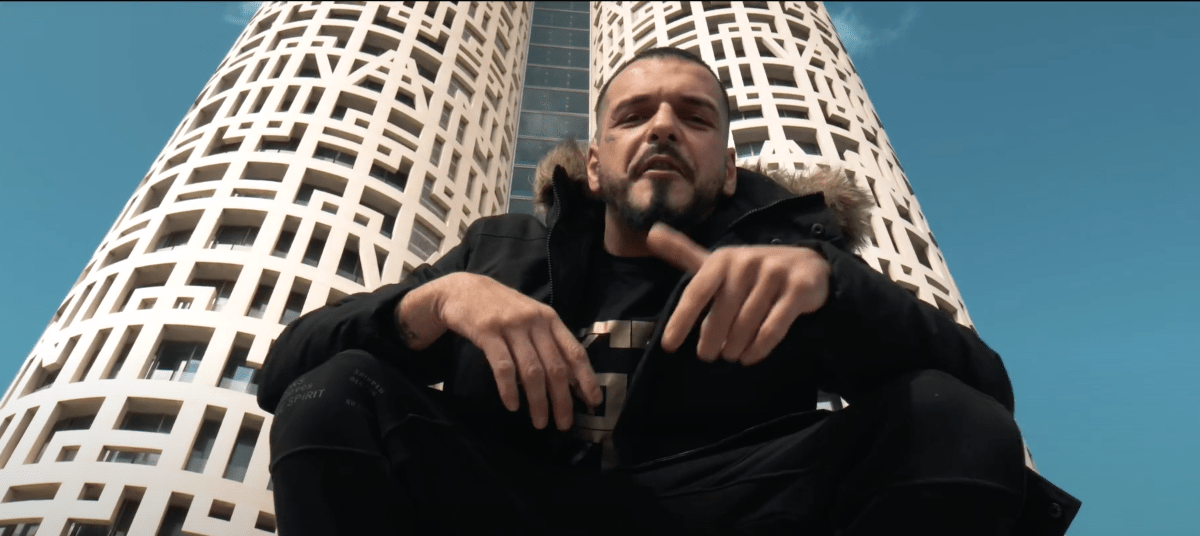 G Flako – «Mom's Boy»