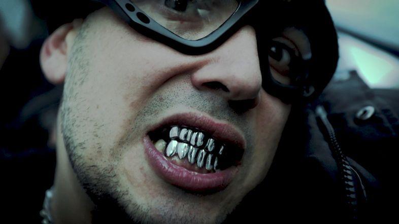 C Terrible – «Sucio y Bastardo»